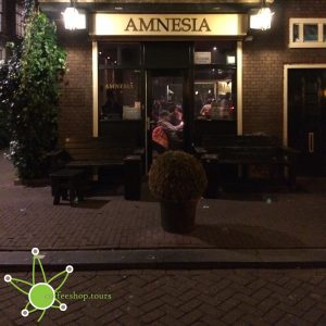 The front of coffeeshop Amnesia